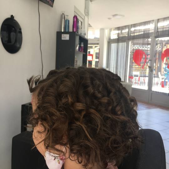 Frisco #sarajevo Svečane i frizure za svadbu Lokne na figaro - kratka kosa